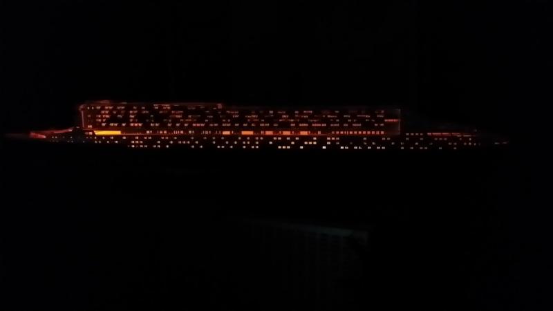 RMS Queen Mary 2 [Revell+éclairage Fibre+LED 1/400°] de erfrance60 - Page 4 2015-034