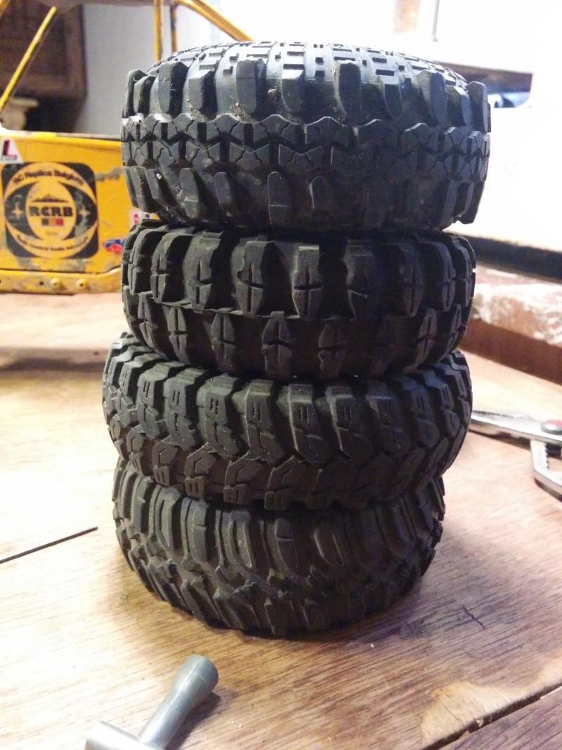 quelle pneus pour quelle terrain 1.9 Img_2015
