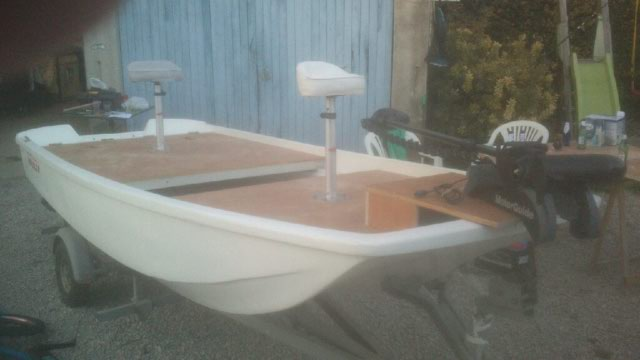 amménagement de mon boston whaler 13' en bass boat Boat_510