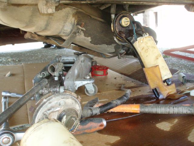 mode opératoire changement jauge carburant Td P4216211
