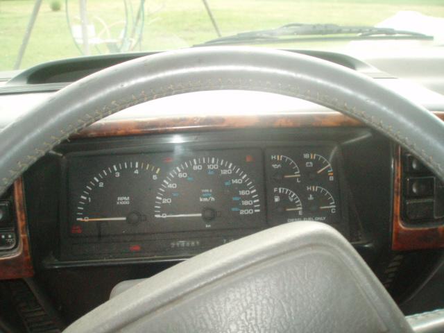mode opératoire changement jauge carburant Td P5046310