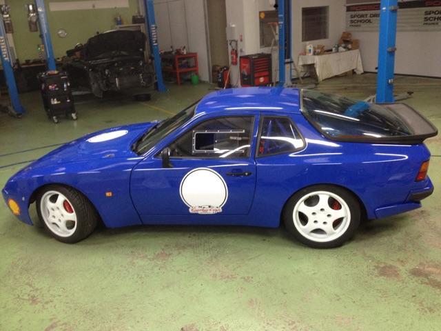 Evolution de notre voiture de piste : 944 Turbo Cup  - Page 4 Img_3013