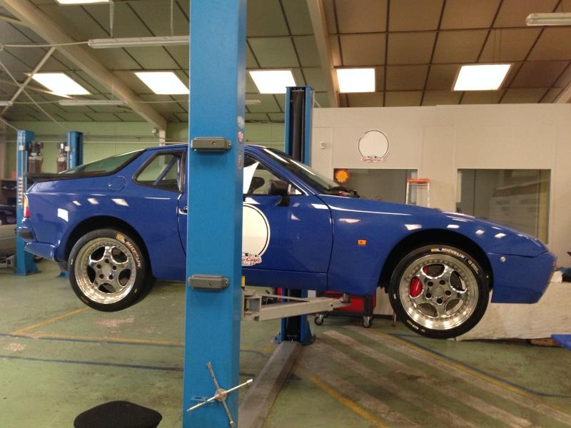 Evolution de notre voiture de piste : 944 Turbo Cup  - Page 4 Img_3110