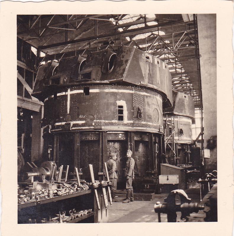 Evasion du Jean Bart juin 1940 matériel non monté  0_132725