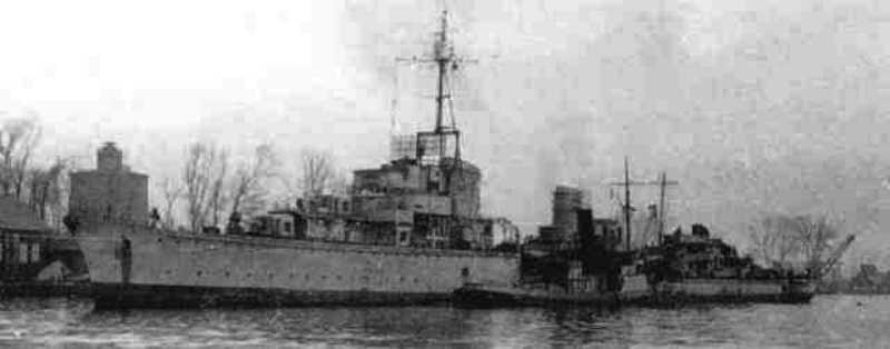 Destroyers allemands Z5_pau12