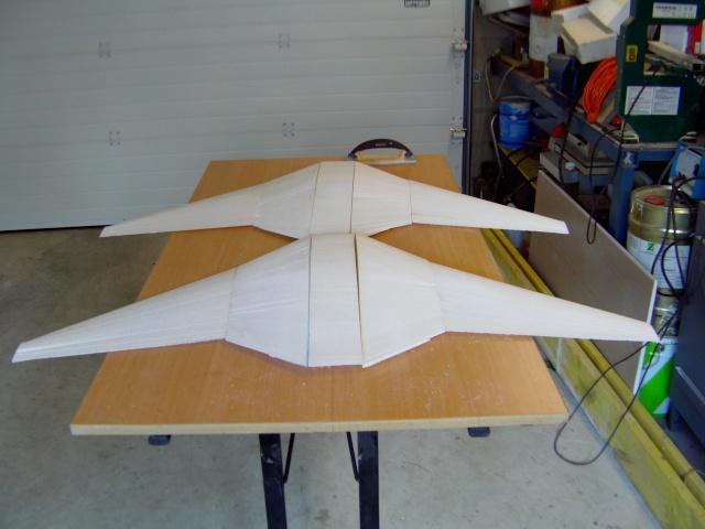 Construction de 2 Horten HO 229 avec des chutes de polystyrène Horten14