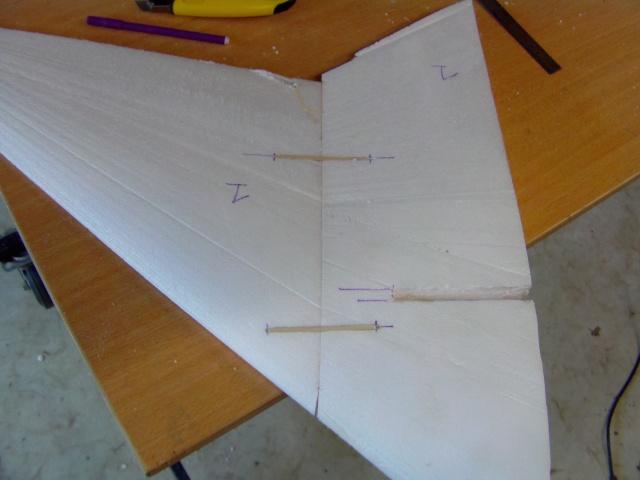 Construction de 2 Horten HO 229 avec des chutes de polystyrène Horten21