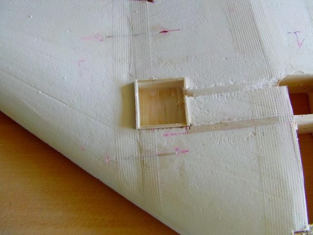 Construction de 2 Horten HO 229 avec des chutes de polystyrène Horten23