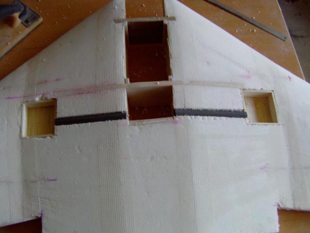 Construction de 2 Horten HO 229 avec des chutes de polystyrène Horten25