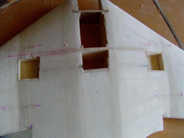 Construction de 2 Horten HO 229 avec des chutes de polystyrène Horten26