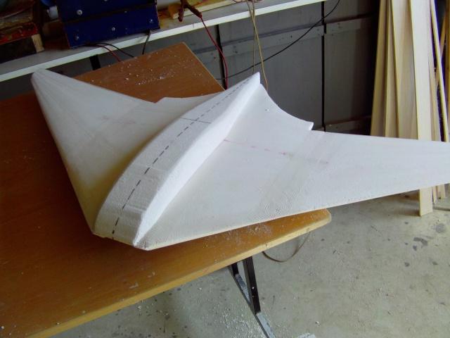 Construction de 2 Horten HO 229 avec des chutes de polystyrène Horten27