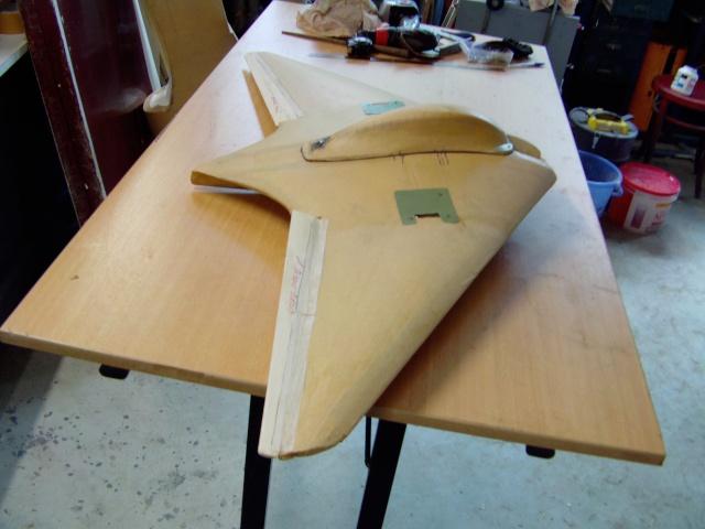 Construction de 2 Horten HO 229 avec des chutes de polystyrène Horten43