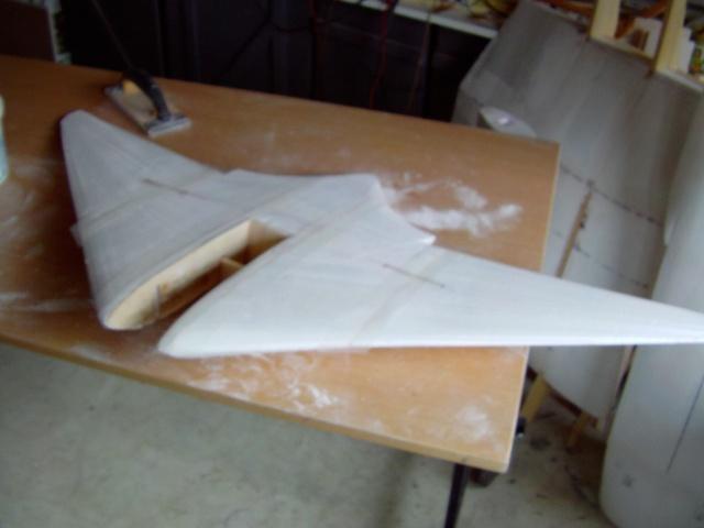 Construction de 2 Horten HO 229 avec des chutes de polystyrène Stuka_49