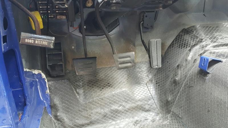 restauration complète Corvette C3 stingray 1977 entres amis - Page 5 20150536