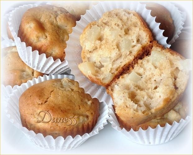 Muffins épicés aux poires et une variante aux fraises Timk2u10