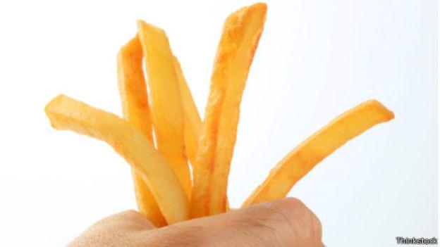 العلم وطرق إعداد أصابع البطاطس المثالية 15041611