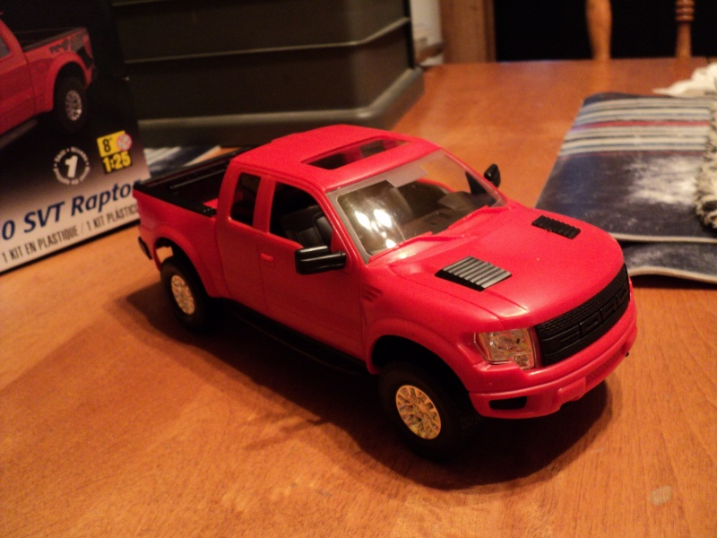 raptor Ford F-150 de Revell (snap kit) Dsc04017