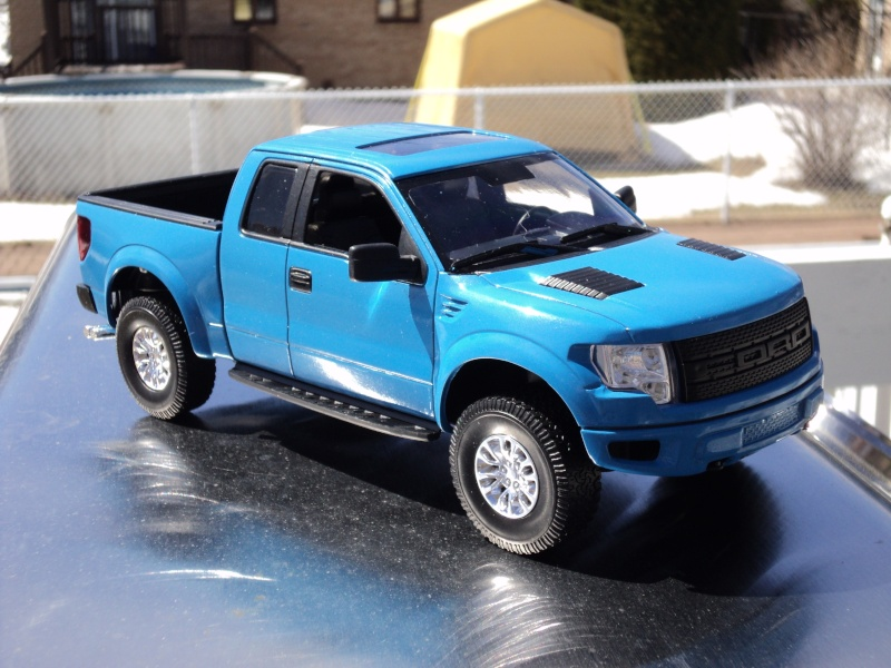 raptor Ford F-150 de Revell (snap kit) Dsc04025