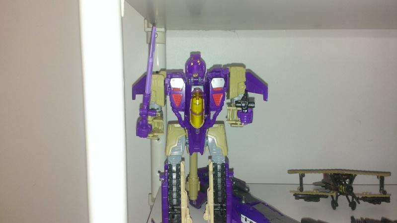 Avez-vous déjà cassé un Transformers? - Page 4 Imag0511