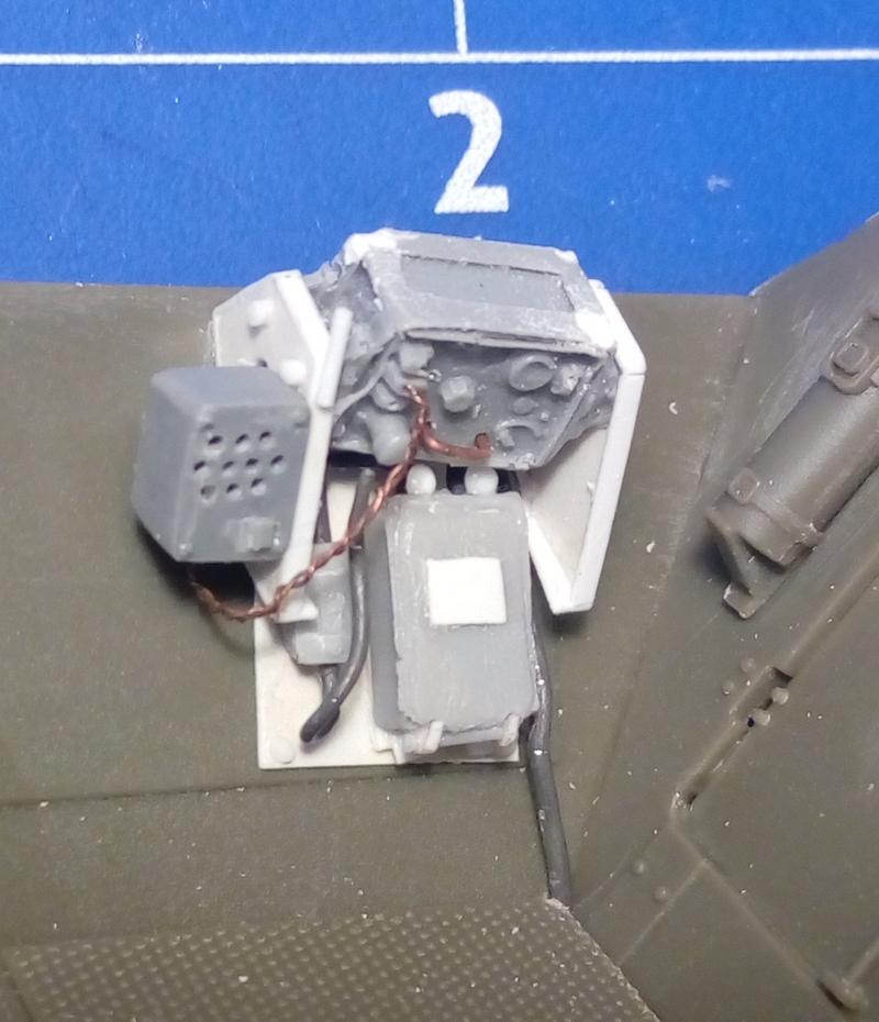 "Sd.Kfz. 251/22 Ausf.D ""Pakwagen Early"" (11èmePz.Div.) AFV Club 1/35 - Page 2 Img_2160"