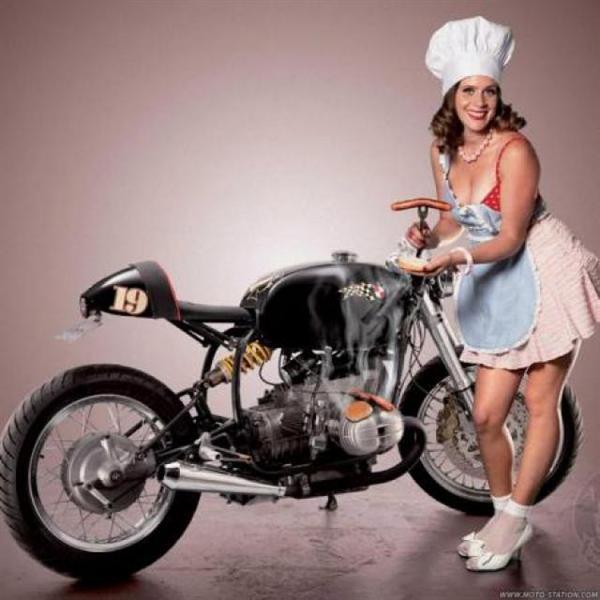 PHOTOS - BMW - Bobber, Cafe Racer et autres... - Page 2 Babe-m10