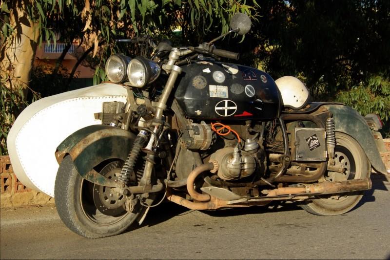 PHOTOS - BMW - Bobber, Cafe Racer et autres... - Page 2 Bmw_ra10