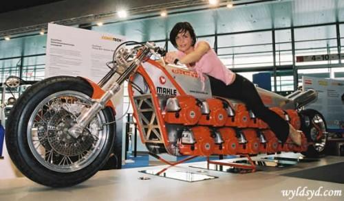 PHOTO - Le plus gros VN du monde Moto-p10