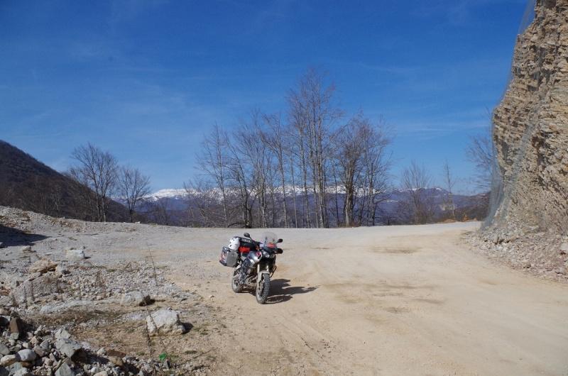 Bosnie et herz govine avril 2015 entre terre et bitume for Garage vercors pneus