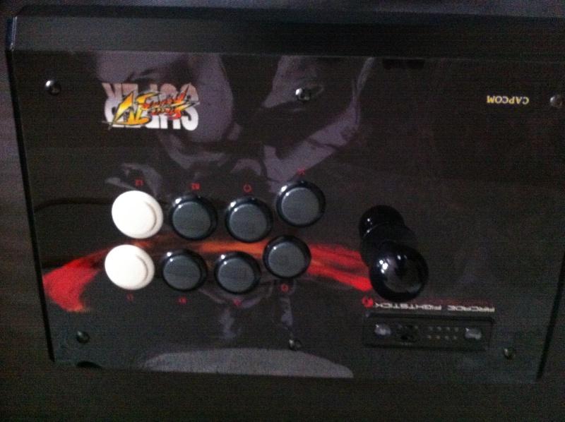 Stick Arcade PS3 - plexi décollé Img_0310