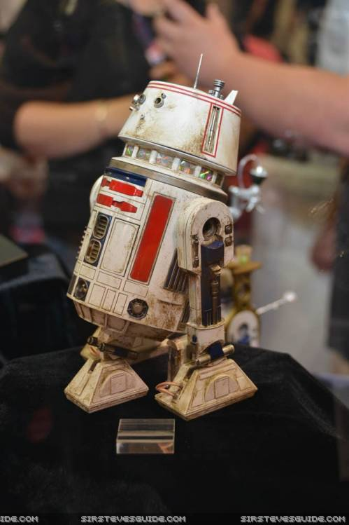 STAR WARS - R5-D4  Swc_7811
