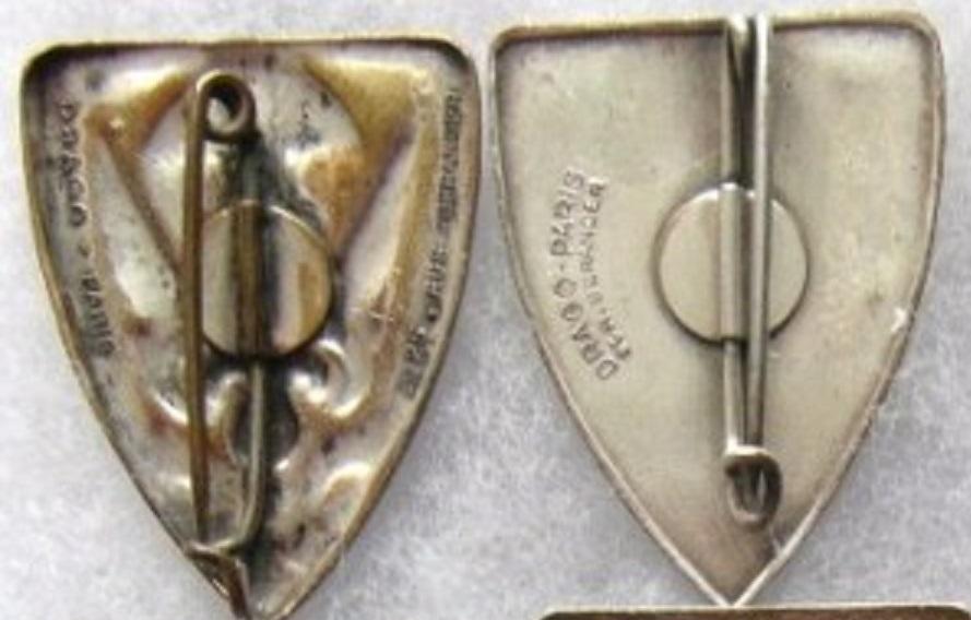 Pucelles Légion Etrangère: 1er BEP et 1er REP 01210