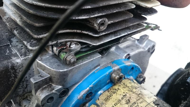 Falciatrice BCS motore Lombardini perde olio  Dsc_0213