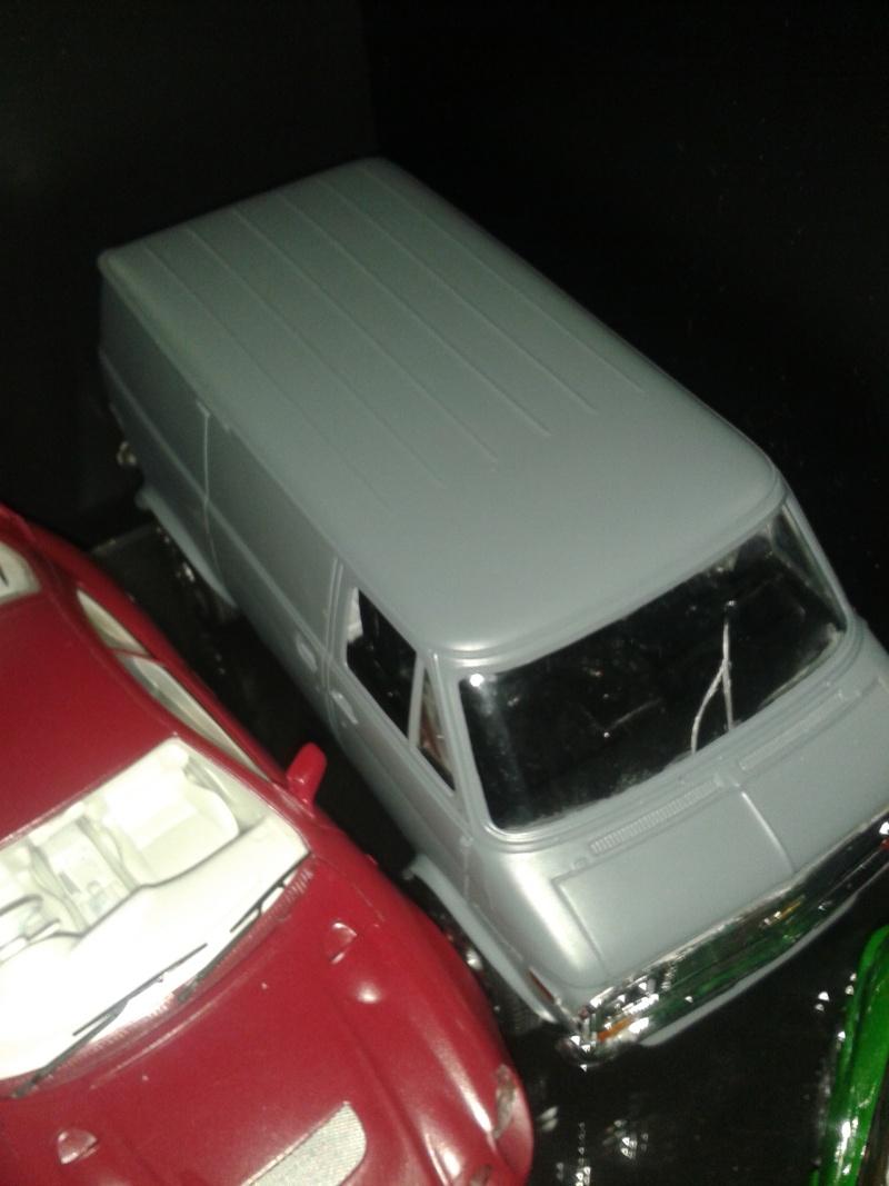 Restoration d'une chevy van et son race trailer !!  20150111