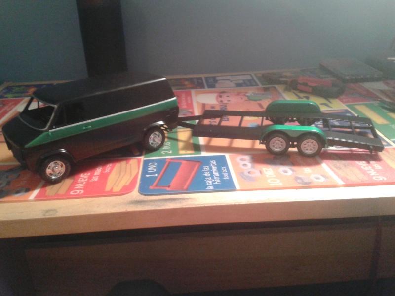 Restoration d'une chevy van et son race trailer !!  20150311