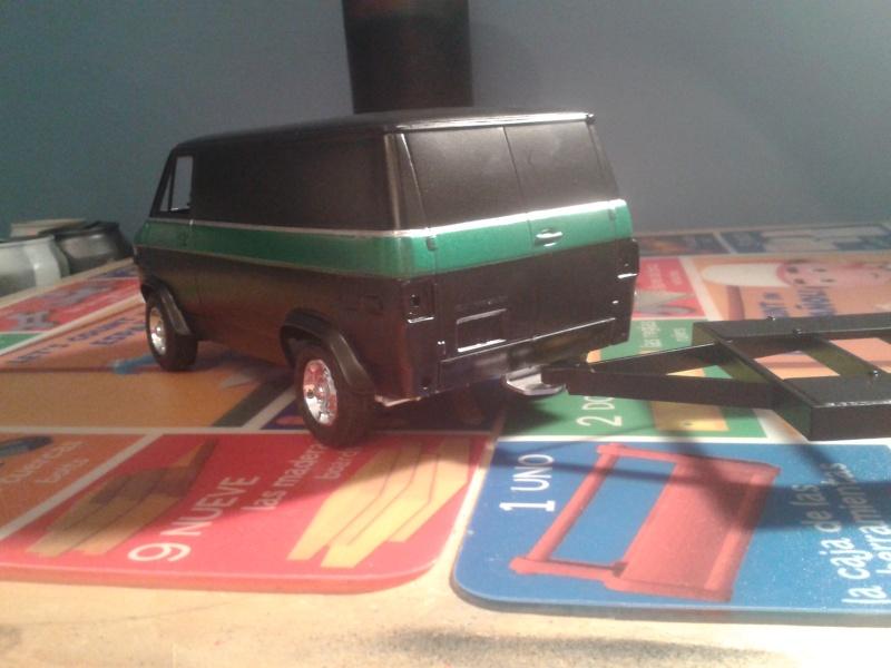 Restoration d'une chevy van et son race trailer !!  20150312