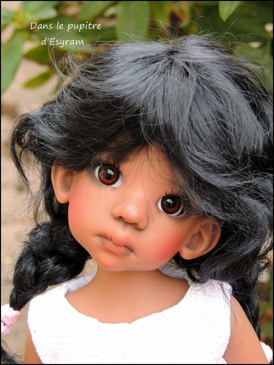 Les Kaye Wiggs d'Esyram  ! La maison de poupées ! fin page 4 Dscn2411
