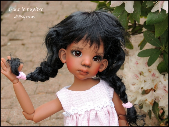Les Kaye Wiggs d'Esyram  ! La maison de poupées ! fin page 4 Dscn2412
