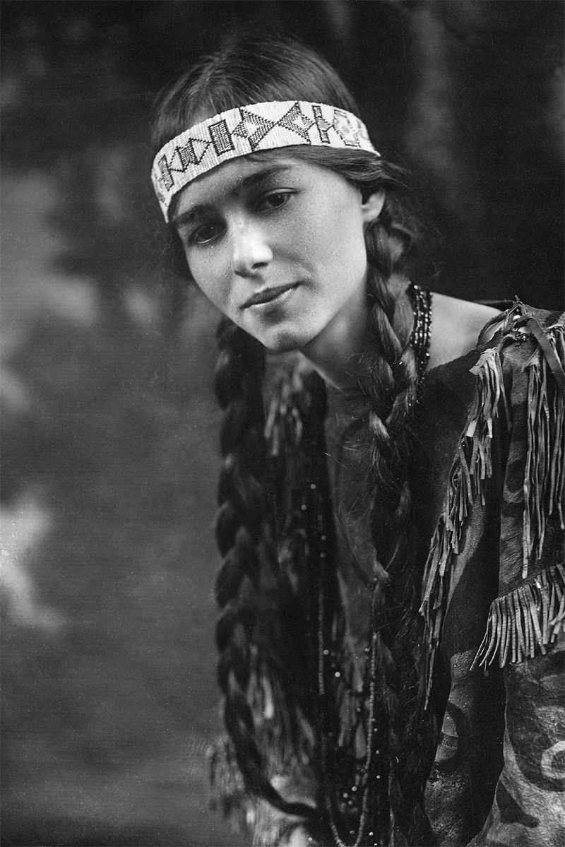 Photographs of American Indians Native10