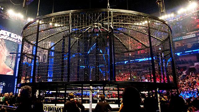 [Compétition] La WWE ramène l'Elimination Chamber (Mis à jour) 20150511
