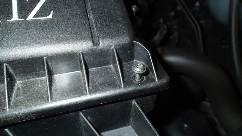 Remplacement filtre à air par filtre réutilisable (K&N) P4083012
