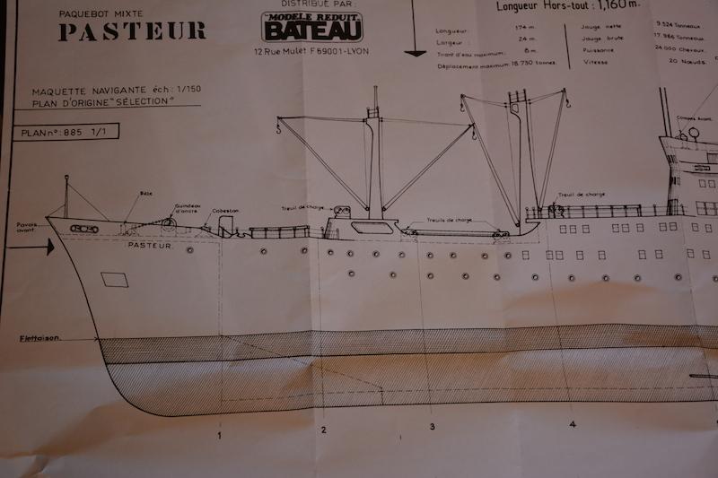 Le Pasteur  sur plan MRB au 1/150 ème  Dsc_0711
