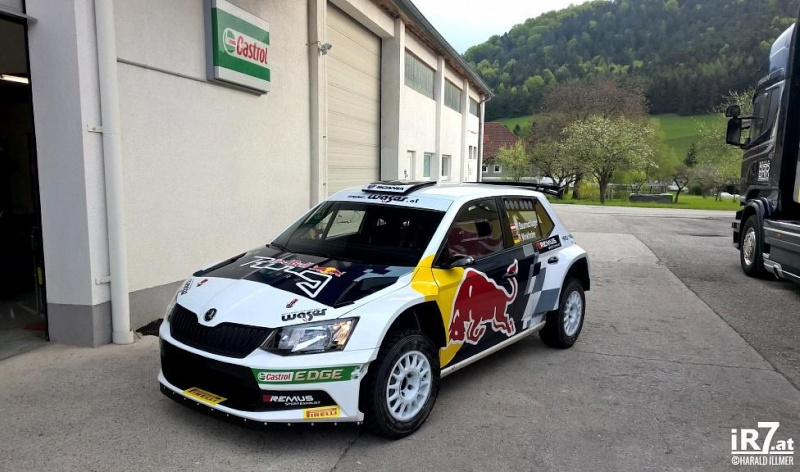 Skoda Fabia R5 wins first time out! Cdxjd_10