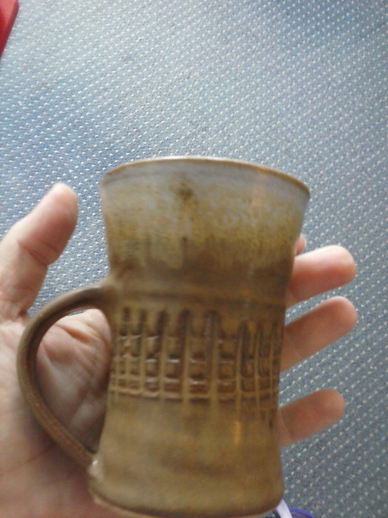Mug and vase with familiar looking marks ... one is Don Chambers Cam01612