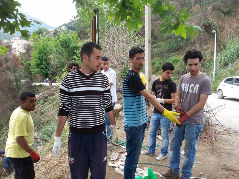 4ième vendredi de  Volontariat: nettoyage route du Cap Aokas. 22 mai 2015 - Page 2 617