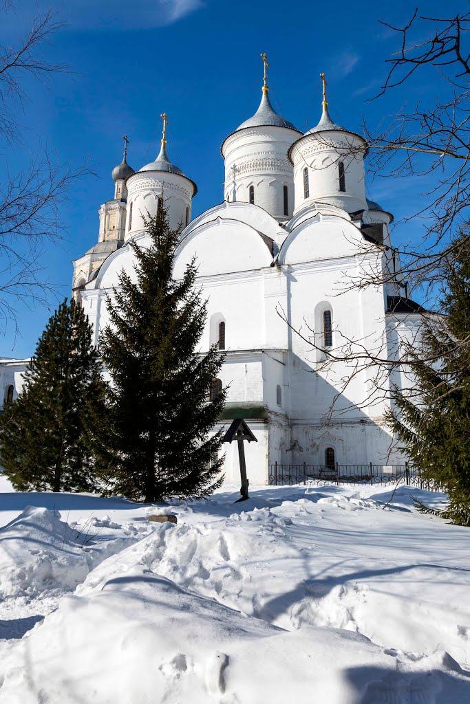 Monastère Spasso-Priloutsky à Vologda, Oblast de Vologda en Russie. 88091110