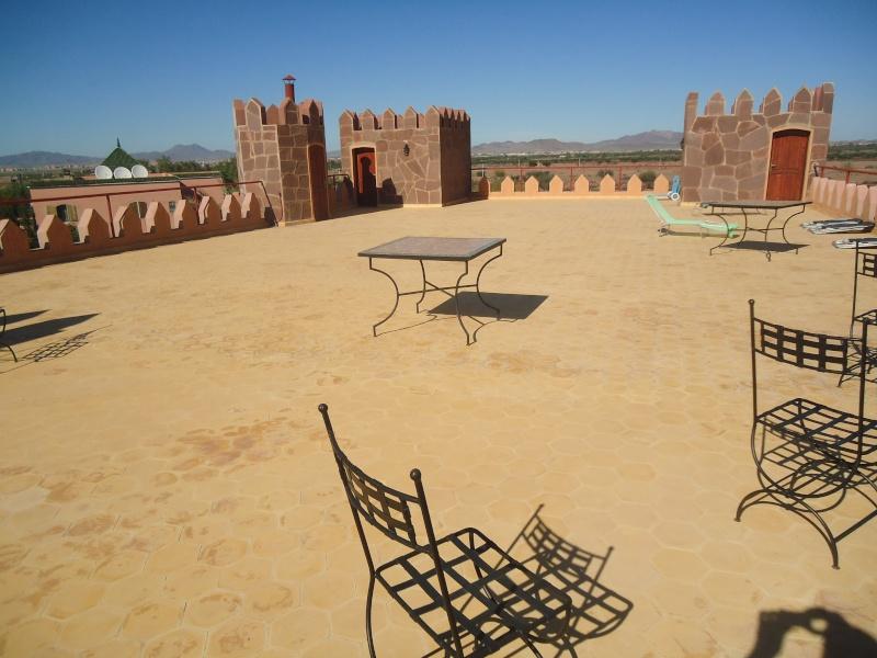 Marokko ganz -  camping à Marrakech (Zone 5): Marokko Ganz :Famille Schatz Dsc00722