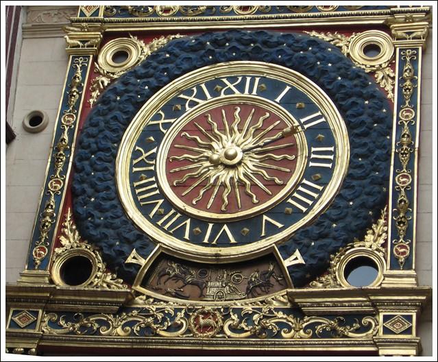 Si vous passez chez moi, visitez le Gros Horloge ! Gros_h10