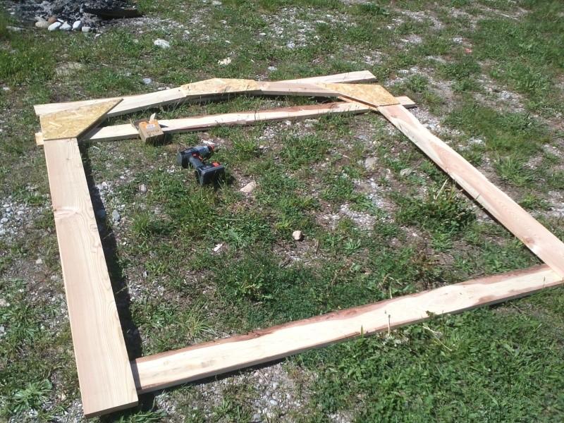réalisation d'une petite serre en bois Img34011