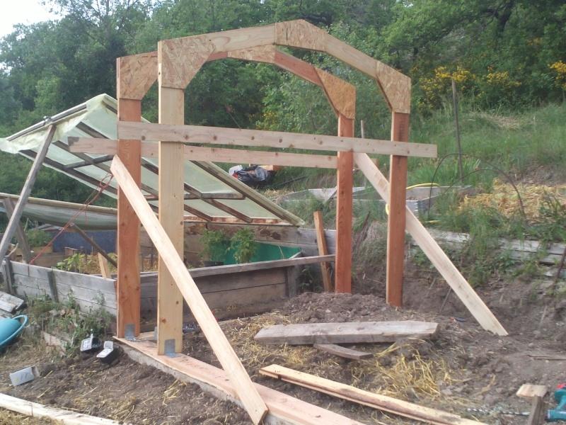 réalisation d'une petite serre en bois Img34211