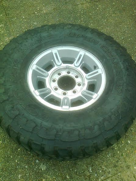 Toyo mud en 37x13,5 R17 Unname10